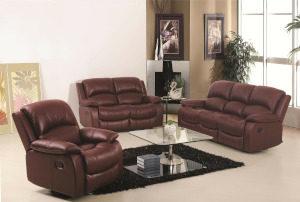 Czyszczenie skóry na przykładzie foteli i sofy